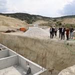 Başkan Ercengiz, İçme Suyu Arıtma Tesisi İnşaatında incelemelerde bulundu.